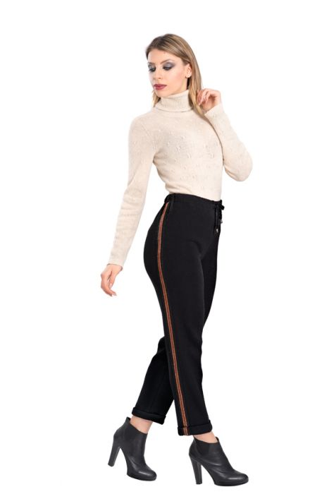 13-a1065-pullover-a1017-pants